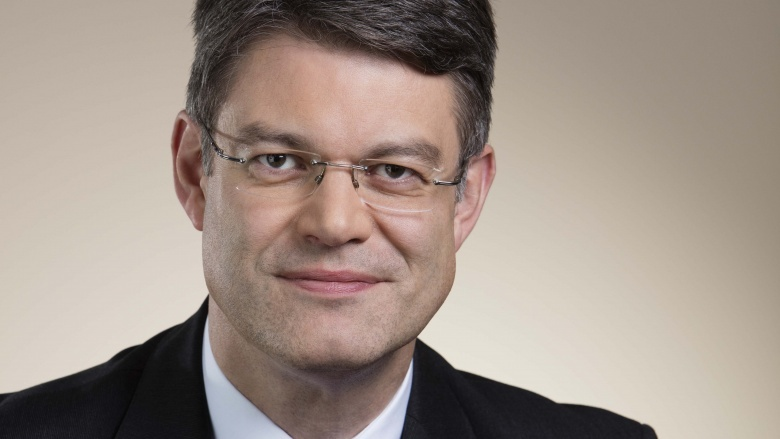 Patrick Schnieder2